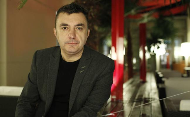 Manuel Vilas: «La literatura confesional está muy mal vista en España»