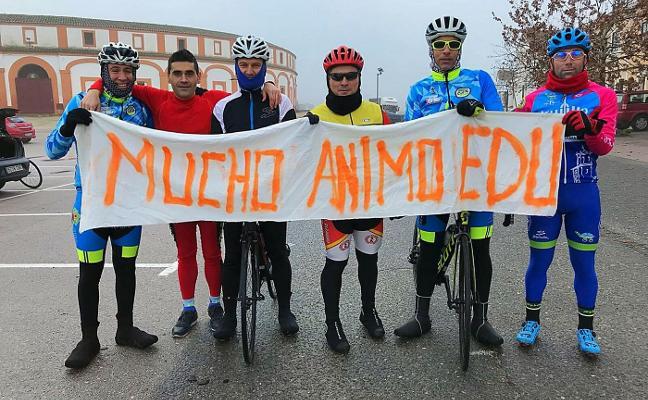 Más de 400 fotos en apoyo a Edu, ciclista que ha sufrido un grave accidente en Trujillo