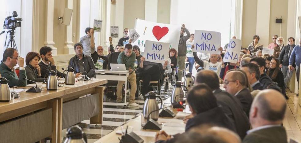Salaya plantea que «no se den facilidades» para la explotación de la mina de litio en Cáceres
