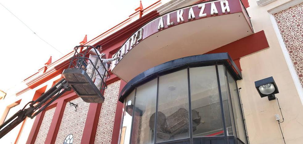 El Alkázar anuncia 37 espectáculos hasta junio y volverá a tener un programa para las ferias