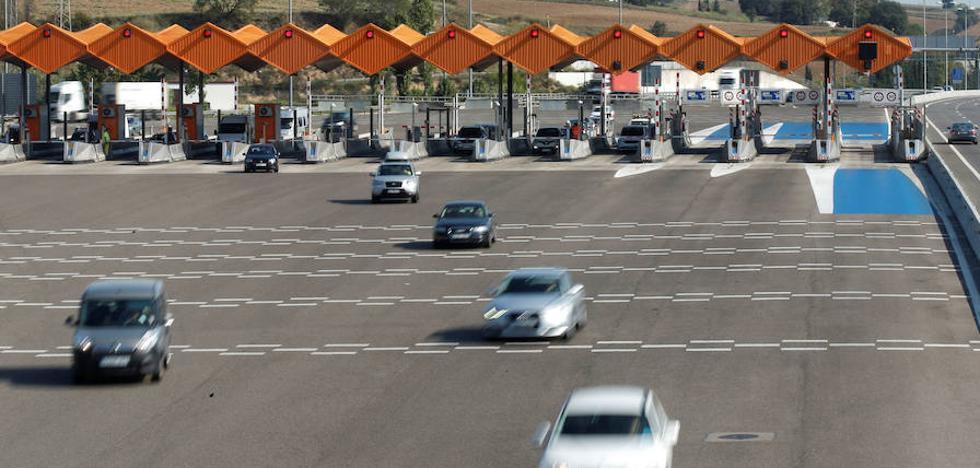 Fomento sacará un máximo de 1.000 millones por las autopistas de peaje