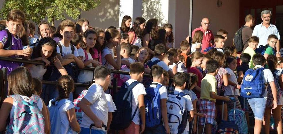 El Consejo Escolar de Extremadura respalda una enseñanza obligatoria y gratuita hasta los 18 años