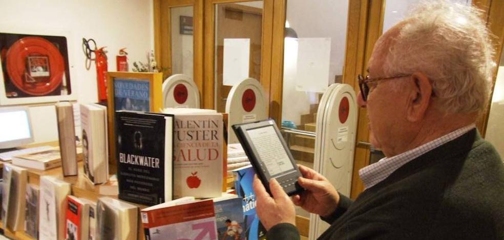 Extremadura es la única región donde baja la lectura de libros por ocio