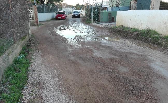 IU denuncia el mal estado de caminos, calles de tierra y vías en Almendralejo