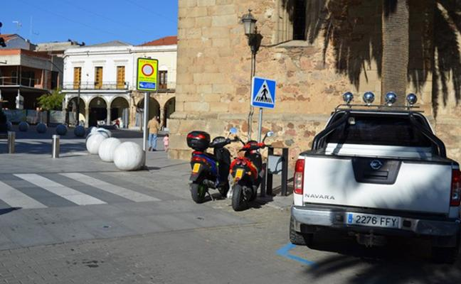 Habilitan zonas de aparcamiento para motos y ciclomotores en el centro de Villanueva