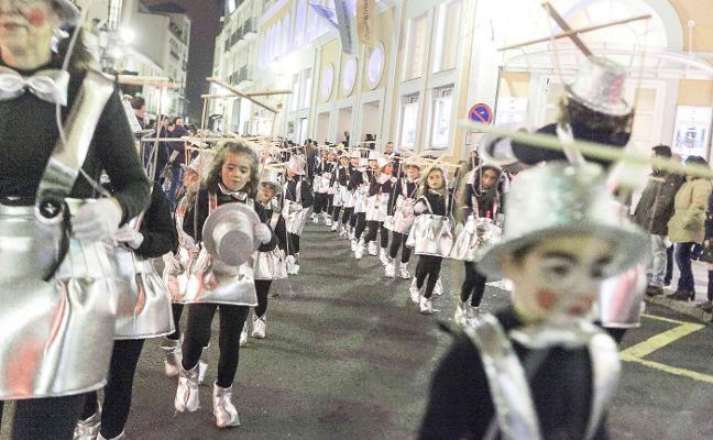 El desfile de Carnaval en Cáceres adelanta su salida a las siete de la tarde