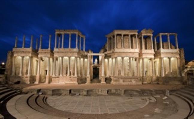 Visitas nocturnas con guía a monumentos de Mérida