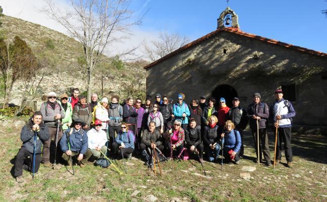 47 personas en la primera ruta en Gata