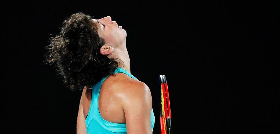 La maldición de los cuartos de final frena a Carla Suárez