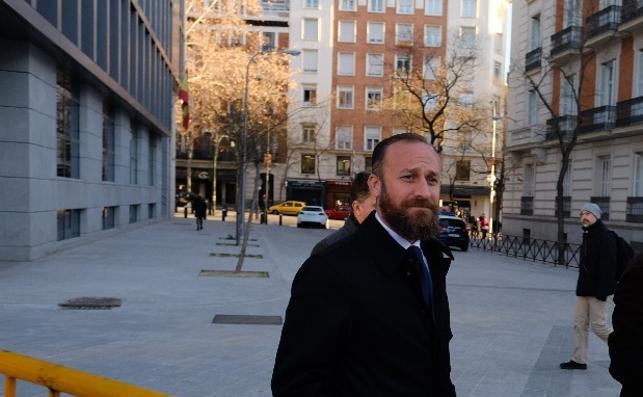 El alcalde de Almendralejo niega amaños en el concurso investigado en Púnica