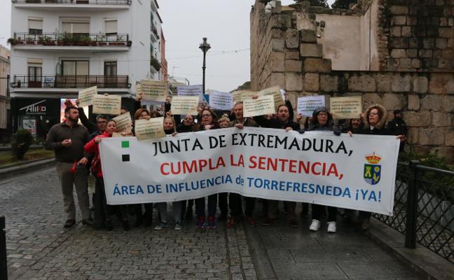 Torrefresneda protesta de nuevo en Mérida