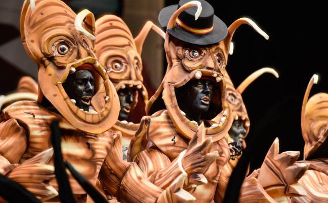 La Mascarada trae una obra