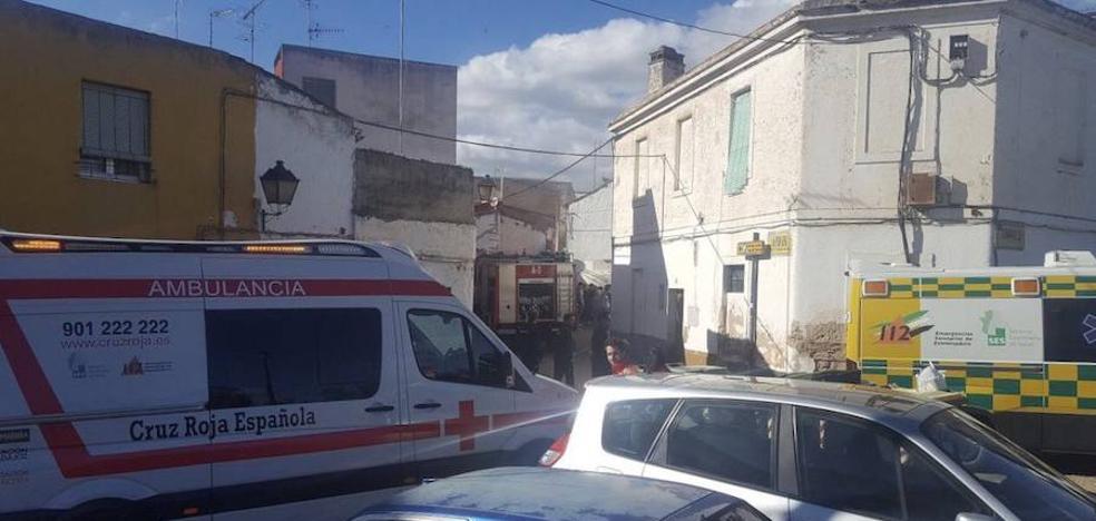 Un mujer de 84 años es atendida por el incendio en su casa en Badajoz