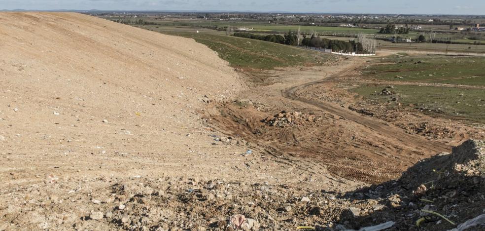El vertedero ilegal de las Cuestas está sellado y ahora será una zona verde
