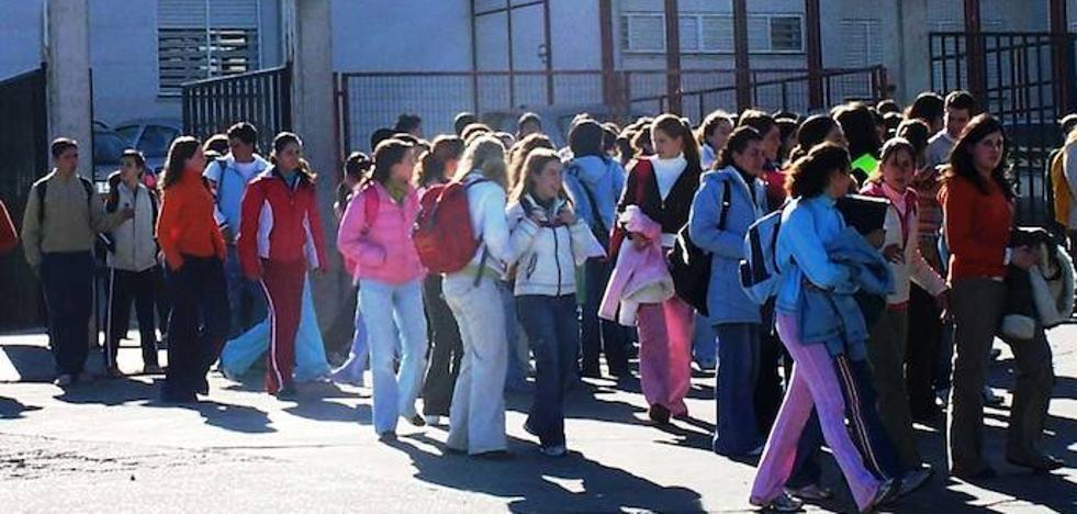 CSIF pide a la Junta que dote de personal sanitario a cada centro educativo
