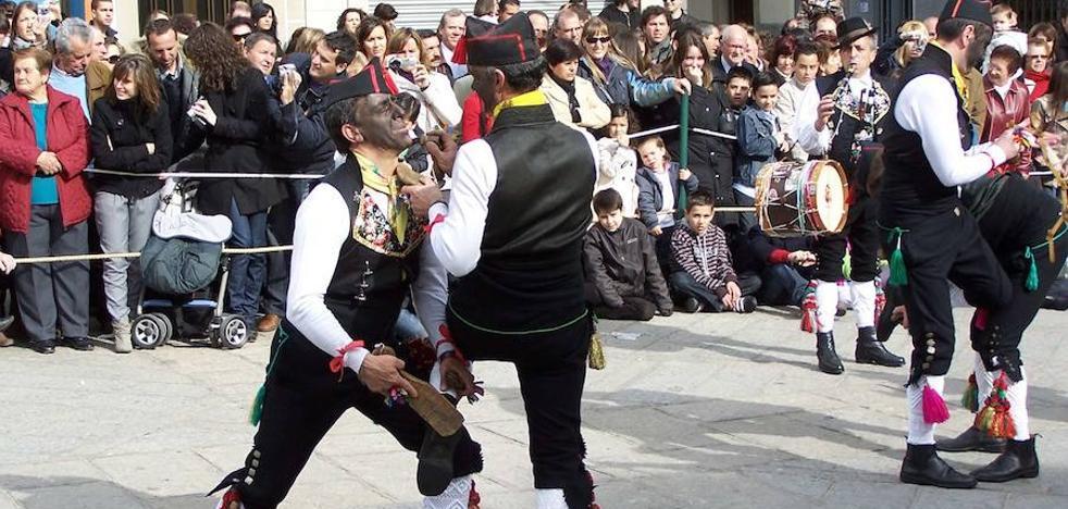 Montehermoso volverá a vibrar con las costumbristas danzas de Los Negritos