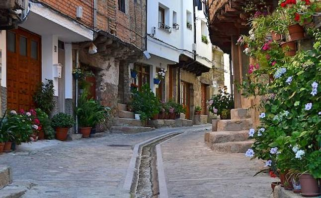Profesionales del turismo participan en Bruselas en un encuentro para presentar Extremadura