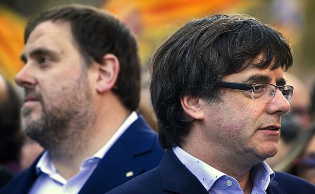 Testigos implican ante el juez a Junqueras y Puigdemont en los preparativos del 1-O