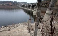 Los regantes del Guadiana y el Tajo asumen que deberán empezar a restringir el agua