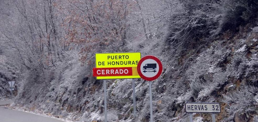 La nieve obliga a cortar el puerto de Honduras