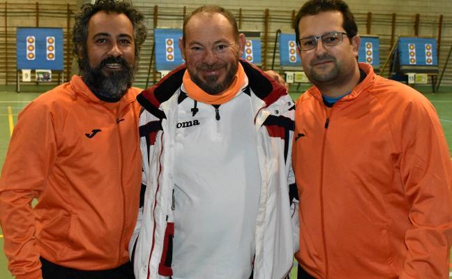 El club arquero 'Turaca' se pasa al aire libre