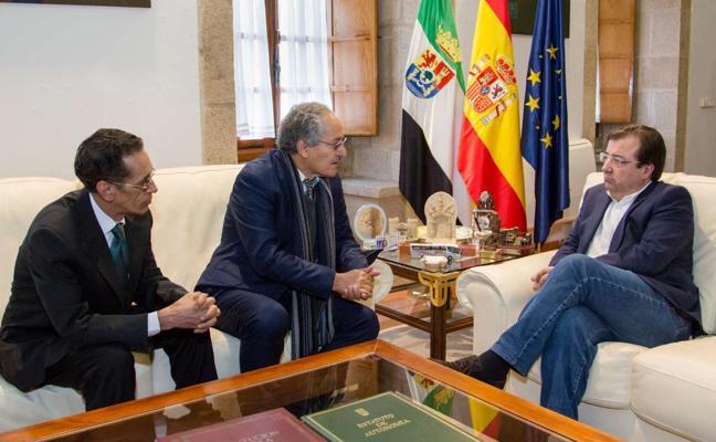 Vara recibe al ministro de Cooperación del Frente Polisario