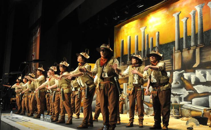 Comparsas y chirigotas que pasan a la final del Carnaval Romano