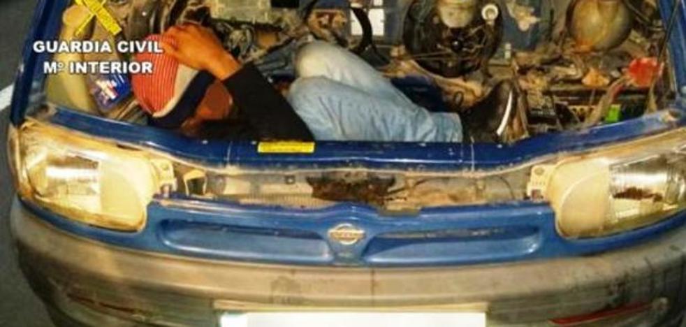 Comienza el juicio contra el vecino de Talayuela acusado de ocultar a un inmigrante en un coche