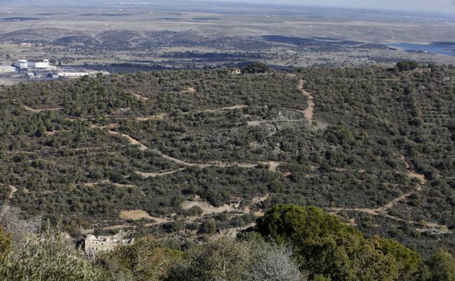 Proponen blindar el entorno de la mina de Cáceres declarándolo parque periurbano