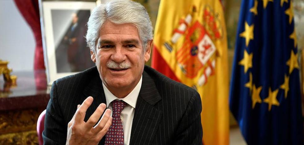 Dastis garantiza que el 'Brexit' no cambiará la vida en Gibraltar