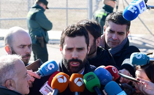 Torrent no aclara el futuro de la investidura tras reunirse con Junqueras