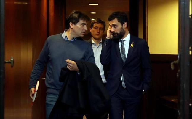 JuntsxCat registra sin ERC la reforma legal para investir a Puigdemont a distancia