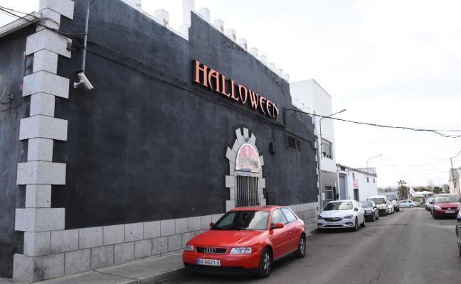 La Fiscalía pide la clausura de un club de alterne de Badajoz por no dar de alta a las camareras