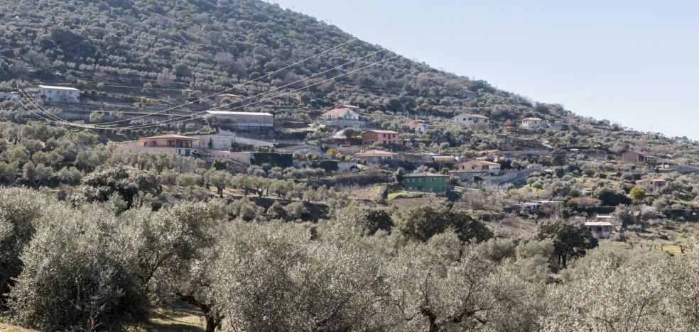 El Ayuntamiento de Plasencia impone las primeras multas coercitivas sobre casas de Santa Bárbara
