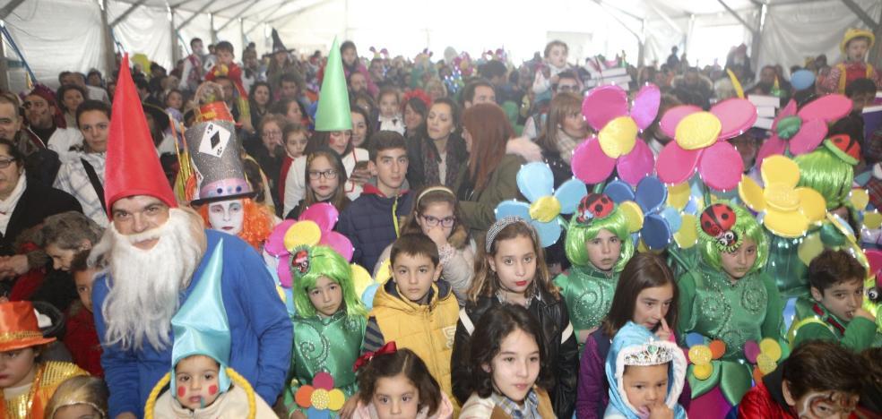 Cáceres despide su Carnaval con la ilusión de que el martes sea festivo