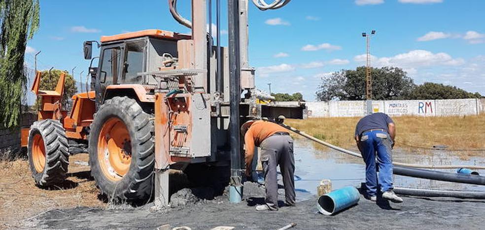 Los pueblos más afectados por la sequía, obligados a recurrir a sondeos para beber