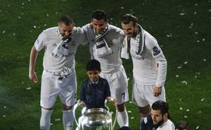 El tridente del PSG golea al del Real Madrid