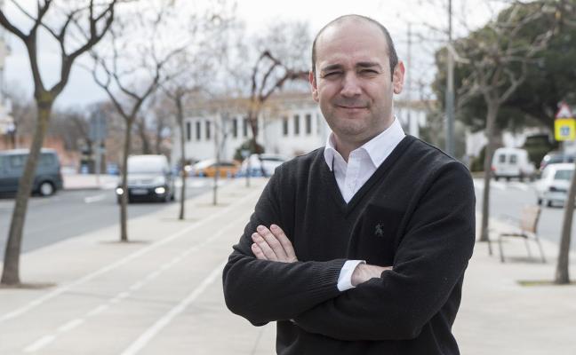 Iván Sánchez, un poeta en la portavocía del PSOE de Plasencia