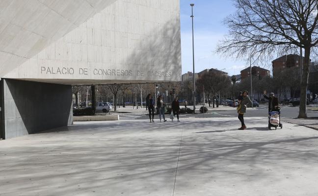 El Ayuntamiento de Cáceres pide un arreglo «serio» del Palacio de Congresos