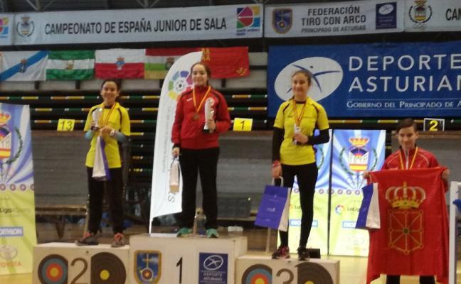 La cacereña Marta Cabrera, campeona de España infantil de tiro con arco