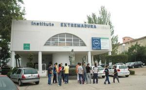 El instituto Extremadurade Mérida desarrollará talleres de ciencia en seis colegios