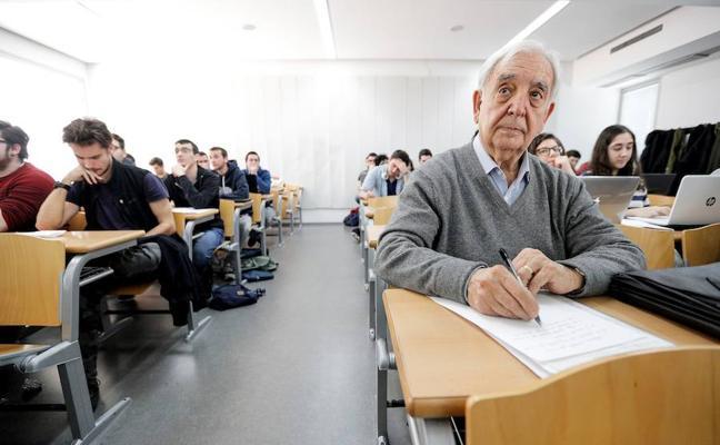 Miguel, estudiante Erasmus a los 80 años: «La edad no es freno para actuar en esta vida»