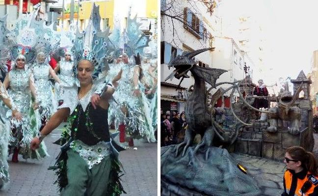 Torremocha y Ritmomanía ganan en los desfiles de carrozas y comparsas del carnaval de Navalmoral