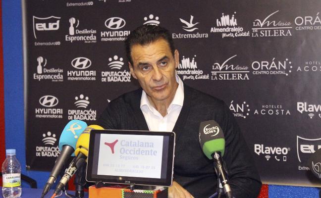 Manolo Ruiz pone en valor su trabajo en el Extremadura