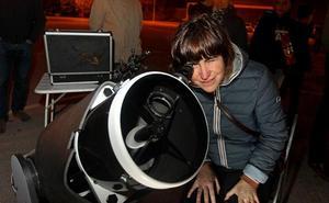 Mañana, sesión de observación nocturna con telescopio