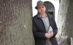 El poeta Fermín Herrero, en el Aula de la Palabra de Norbanova