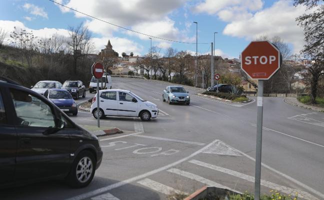Una rotonda mejorará la seguridad en Puente Vadillo