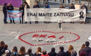 Cientos de personas recuerdan en Ondarroa a Ekai, el adolescente transexual que se suicidó