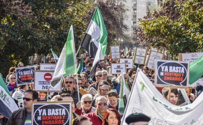Badajoz pide que acabe el retraso de más de 50 años en materia ferroviaria
