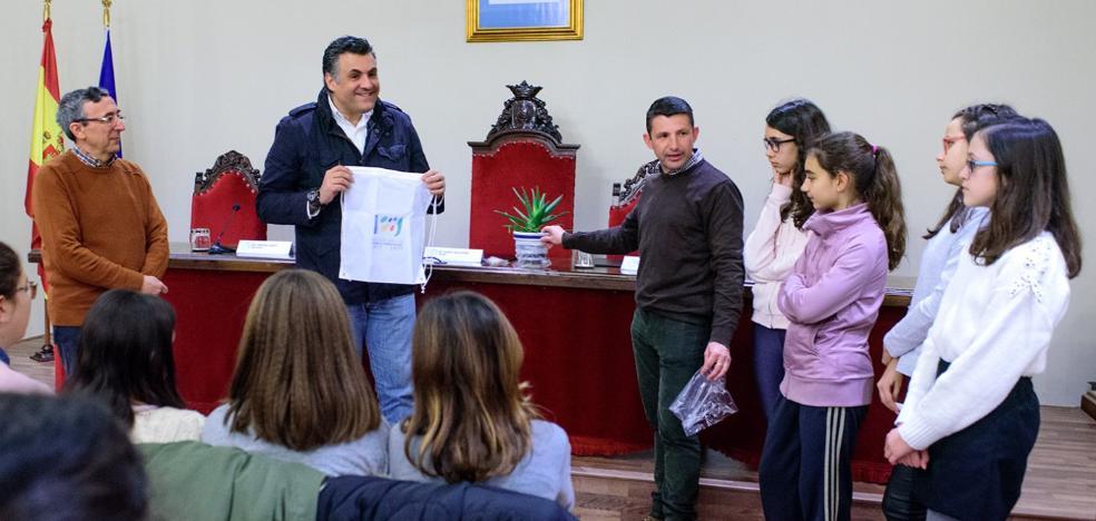 Jóvenes emprendedores en el Camilo Hernández de Coria